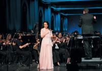Ирина Лунгу спела на родине 10 лет спустя
